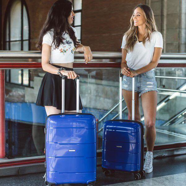 maletas y viaje